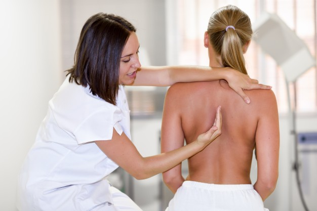 How To Become A Chiropractor: A Practical Guide To Qualification