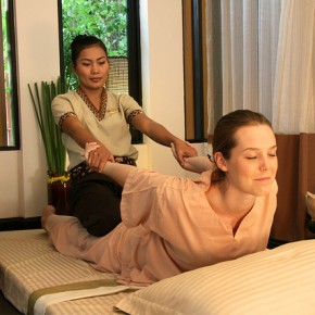 How to Begin a Professional Career as a Massage Therapist